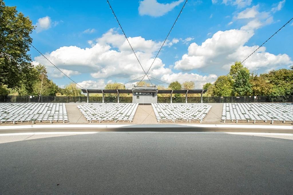 siedziska sportowe NO-04 prostar w amfiteatrze 201908