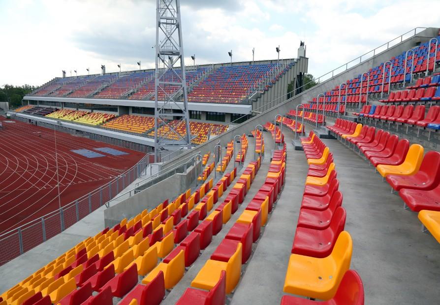 Krzesełka stadionowe - 1